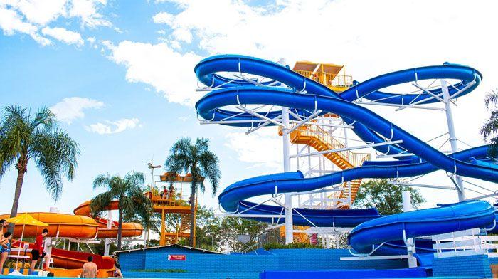 Parque Aquático Acquamania